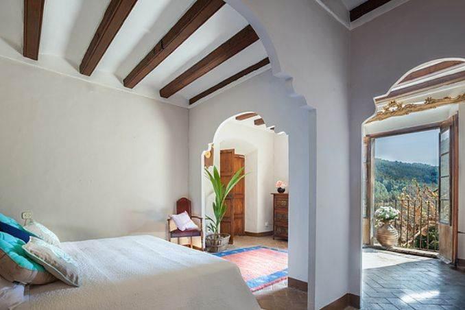 The stunning Spanish mansion Villa Catalina Barcelona (27)