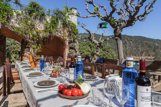 The stunning Spanish mansion Villa Catalina Barcelona (29)