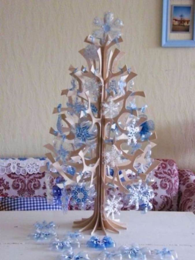 DIY Creative Ideas of How To Recycle Old Bottles (63)