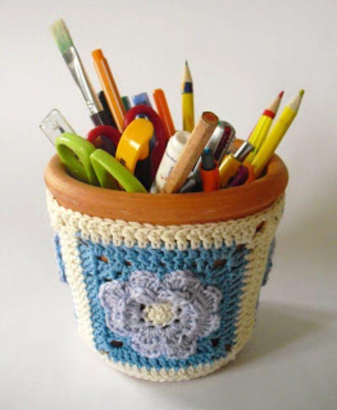 DIY pencil holder ideas for your home desk decoration (23)