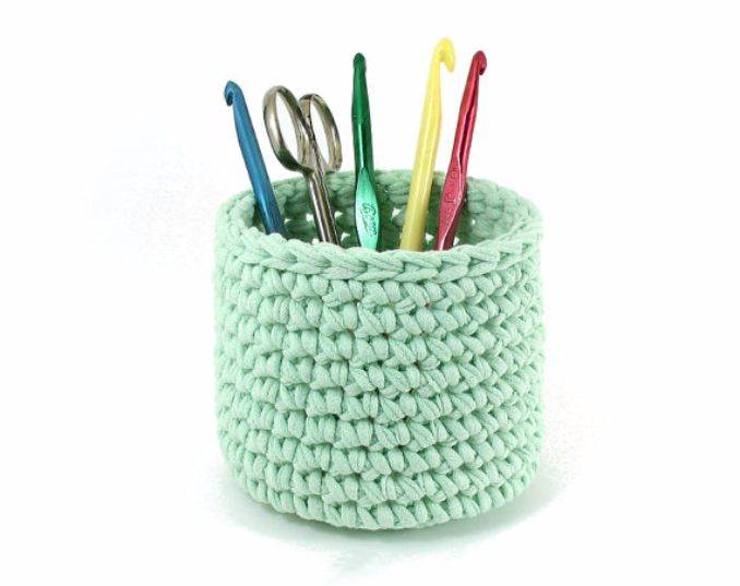 DIY pencil holder ideas for your home desk decoration (25)