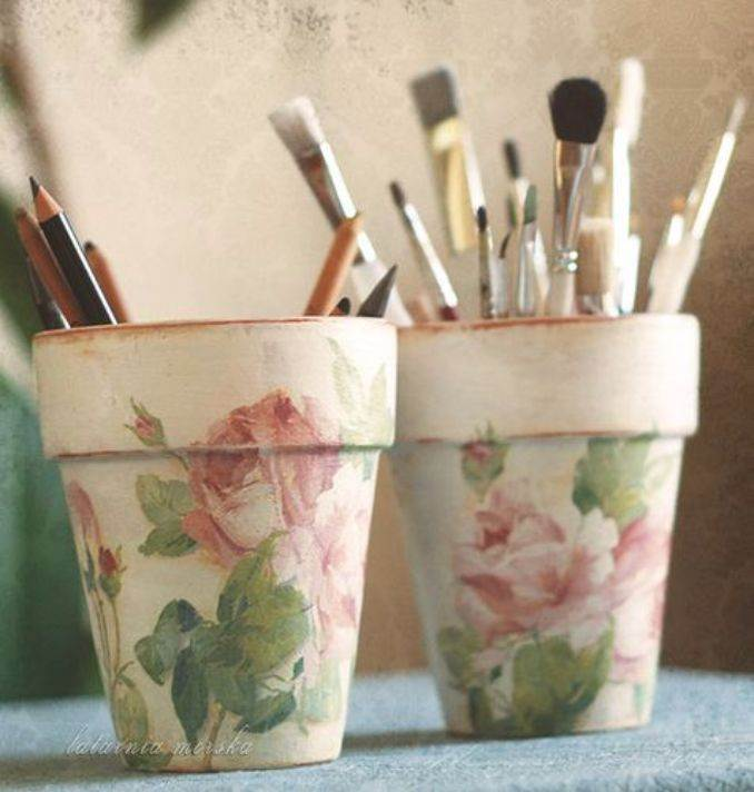DIY pencil holder ideas for your home desk decoration (32)