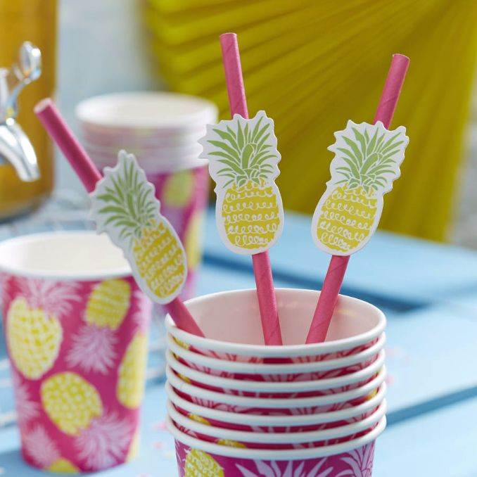 Ideas of How to Recycle Plastic Straws (7)