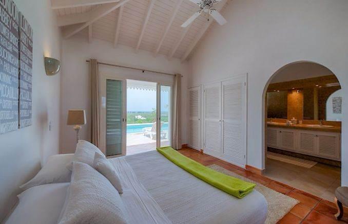 Madras - Impressive Contemporary Villa in St. Maarten (13)