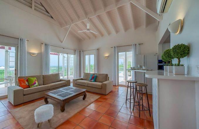 Madras - Impressive Contemporary Villa in St. Maarten (16)