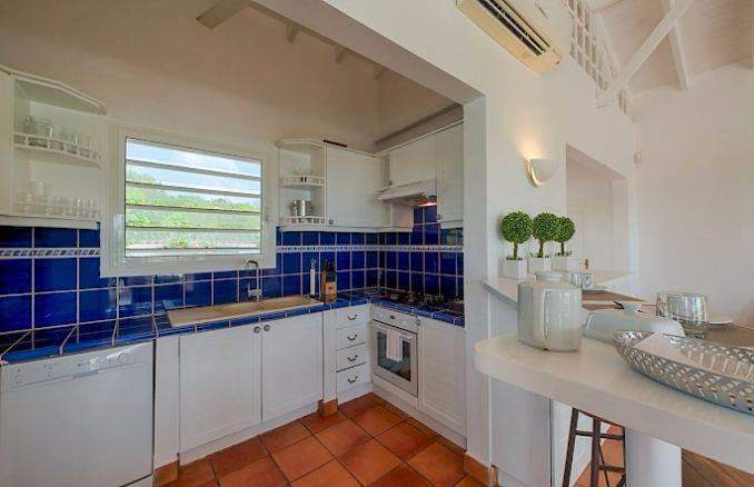 Madras - Impressive Contemporary Villa in St. Maarten (17)