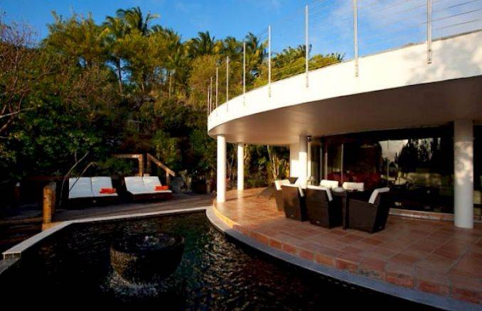 ANANDA A Holiday Ocean Villa in St. Jean Island Overlooking the Caribbean (1)