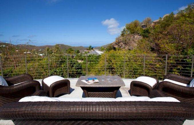 ANANDA A Holiday Ocean Villa in St. Jean Island Overlooking the Caribbean (27)