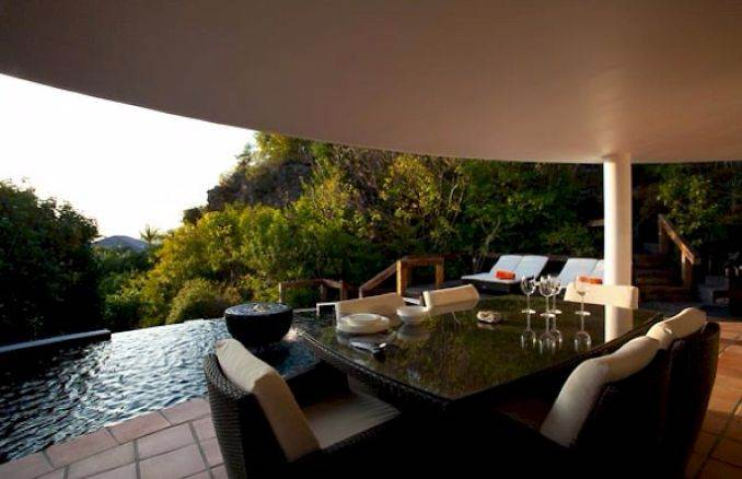 ANANDA A Holiday Ocean Villa in St. Jean Island Overlooking the Caribbean (40)