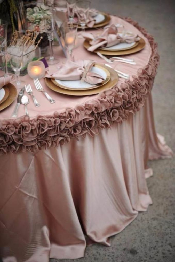Tablecloth Projects To Sew (12)