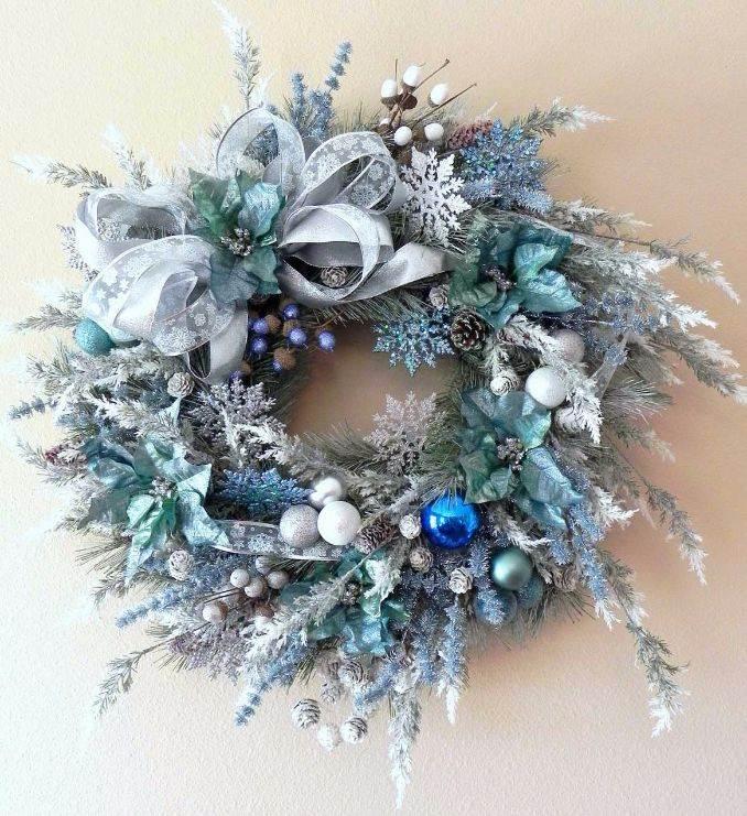 40 Fresh Blue Christmas Decorating Ideas