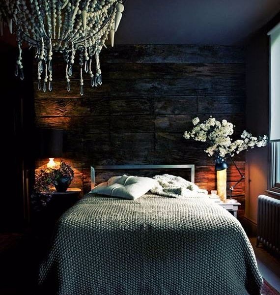 spooky-bedroom-decor-with-subtle-halloween-atmosphere_02