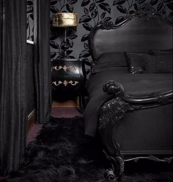 spooky-bedroom-decor-with-subtle-halloween-atmosphere_17