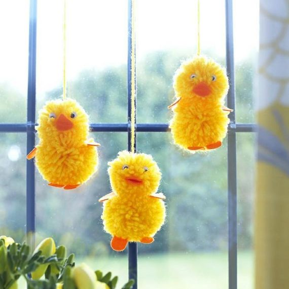 easter-decoration-window-osterkucken-window-decoration-make-yourself