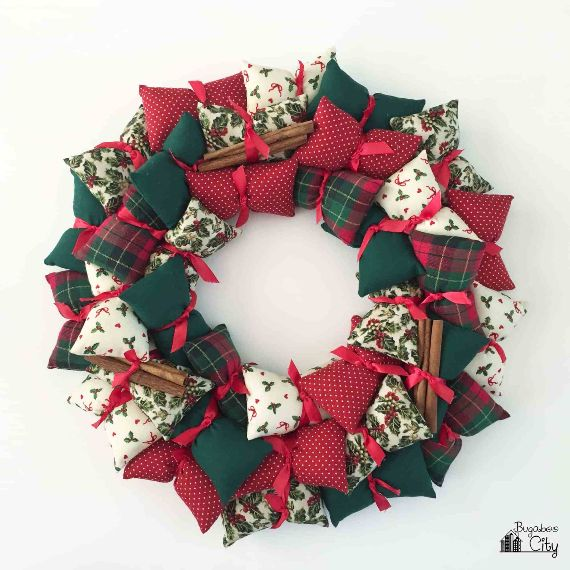 14 Diy Christmas Wreaths Ideas Family Holiday Net Guide To Family Holidays On The Internet