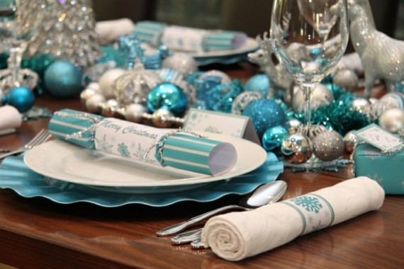 Modern Christmas Table Ideas And Styles