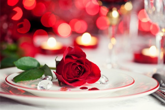 Flowers-for-Romantic-table-settings-for-Valentine's-Day