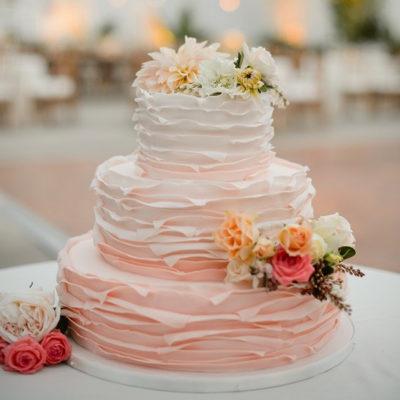 Romantic Valentine's Day Wedding Cake