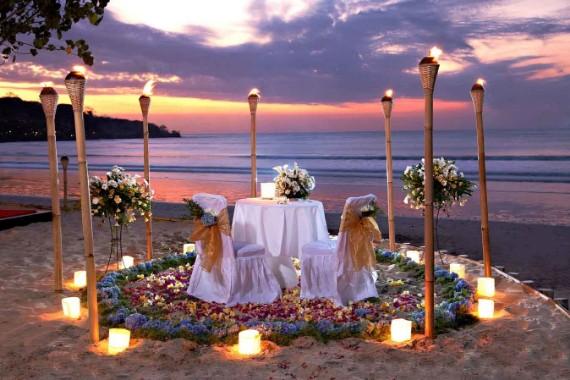 Romantic_Dinner_Jimbaran (1)