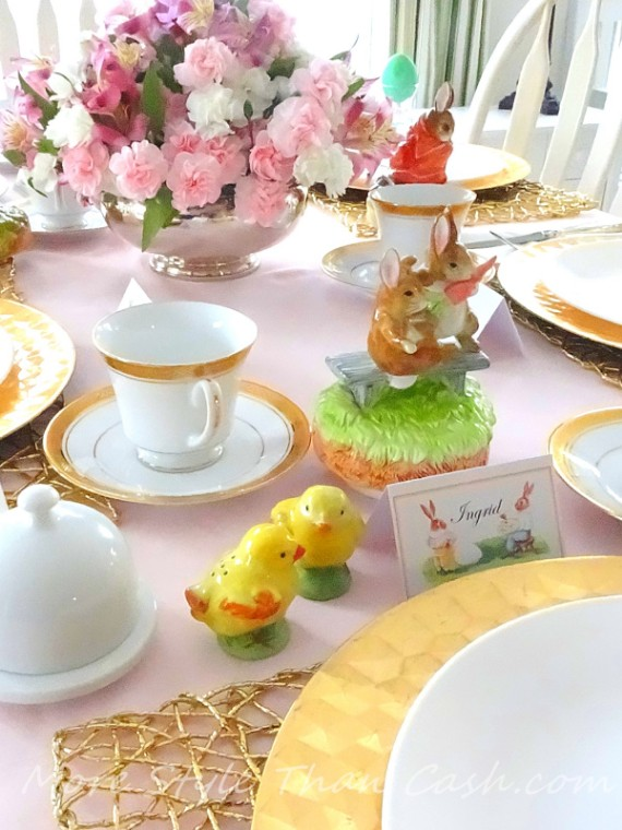 Easter gold-plated or silver cutlery table setting