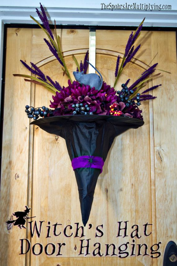 halloween-door-decorations-A-Bountiful-Witch's-Hat.