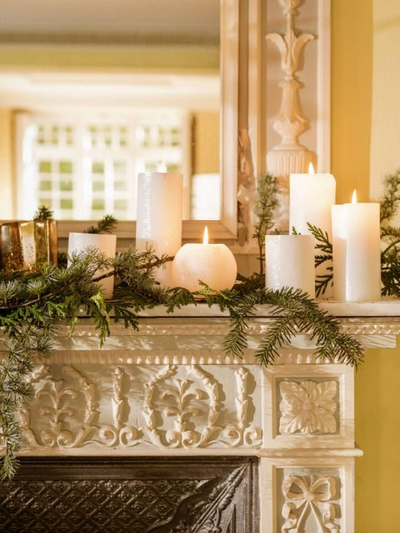 Christmas Mantel Ideas with Candles