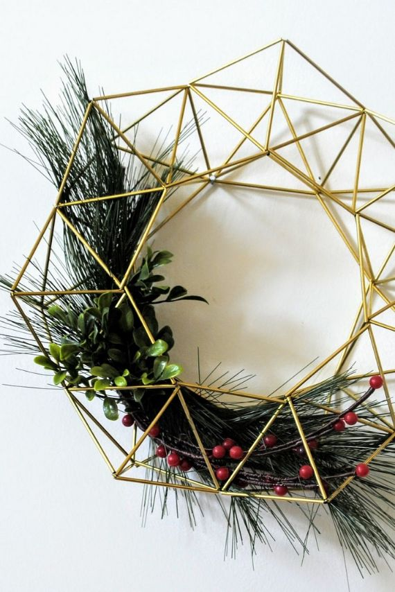 Unique WREATH Idea to Inspire You This CHRISTMAS