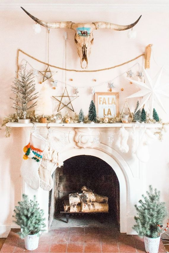 christmas-mantel-decorations-boho-touch
