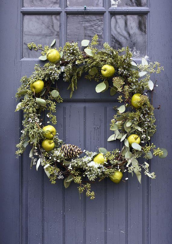 unique wreath for Christmas 17