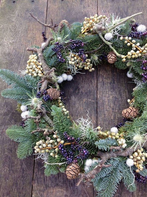 unique wreath for Christmas 28