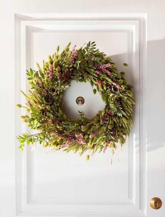 unique wreath for Christmas 30
