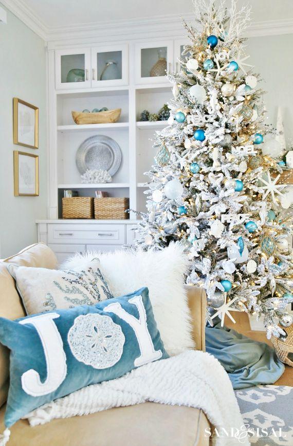 Coastal-Christmas-decor (1)
