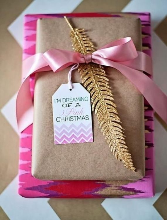 Wrapping-Paper in romantic christmas style