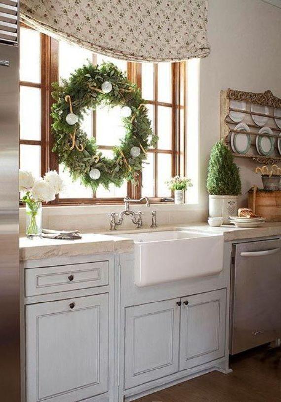 cozy-christmas-kitchen-decor-ideas-32