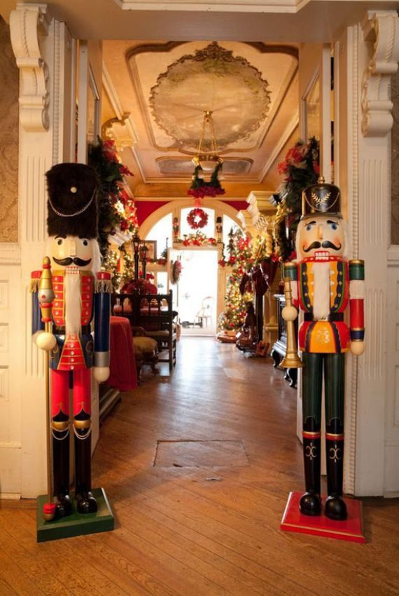 victorian-christmas-decorations