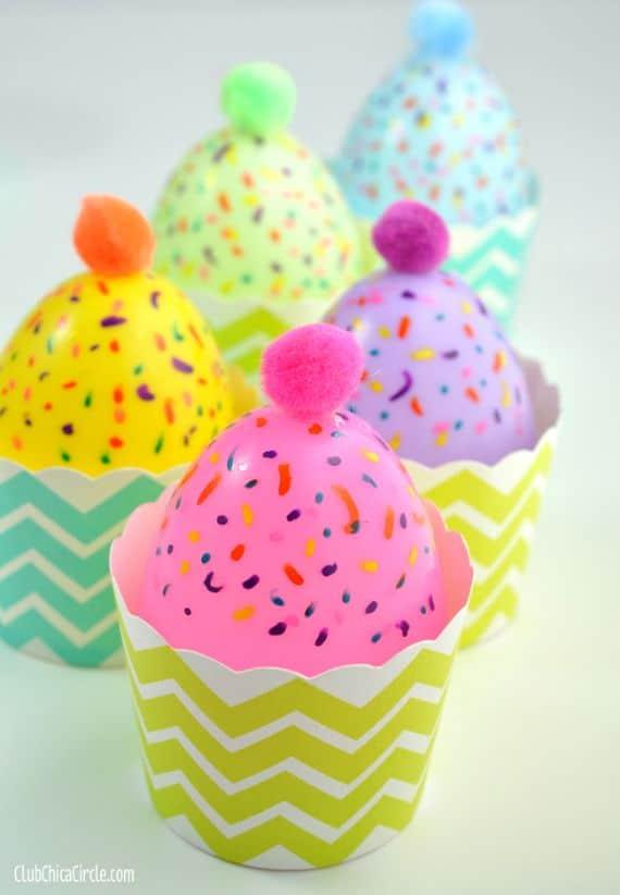 Plastic-Egg-Cupcakes-@clubchicacircle (1) (1)