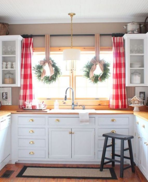 Decorating Above The Kitchen Sink With Wreaths